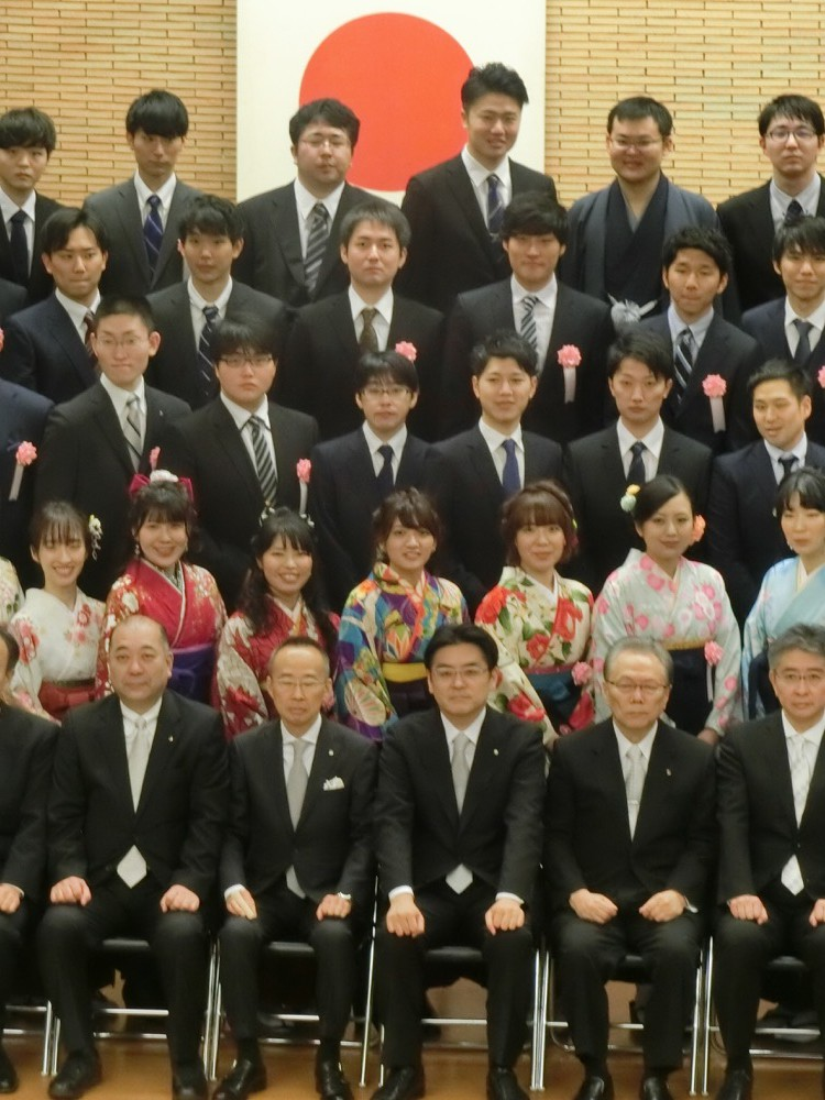 31新潟卒業式3